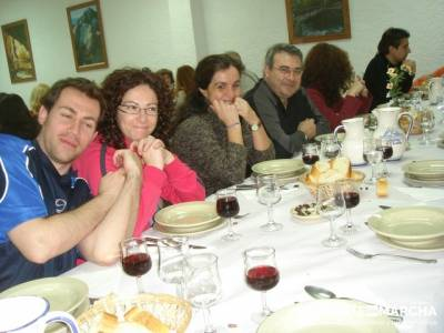 Después de la aventura la buena cena; rutas de senderismo cerca de madrid;rutas senderismo cerca de